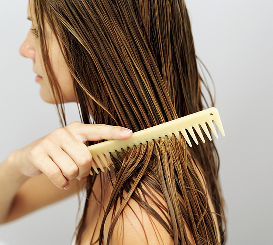 How-To-Shampoo-Your-Hair2